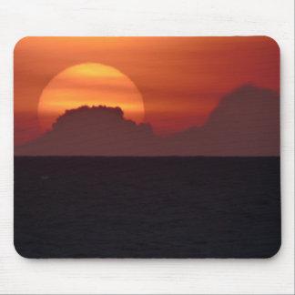 Sonnenuntergang über dem Ozean Mauspad