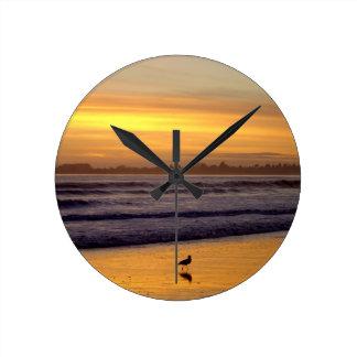 Sonnenuntergang und Vogel-Wanduhr Runde Wanduhr
