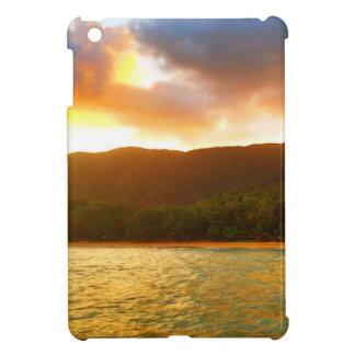 Sonnenuntergang von der Palmen-Bucht-Anlegestelle iPad Mini Schale