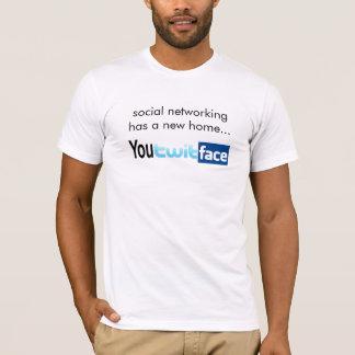 Sozialvernetzung hat ein neues Zuhause T-Shirt