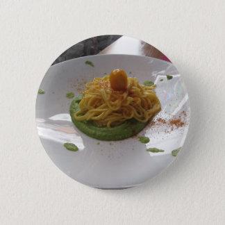 Spaghettis mit bottarga auf Spargelsoße Runder Button 5,1 Cm