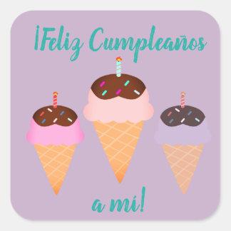 """Spanisch """"Feliz cumpleaños,"""" alles- Gute zum Quadratischer Aufkleber"""