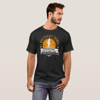 Spaßmetall, das T-Shirt ermittelt - ich grabe