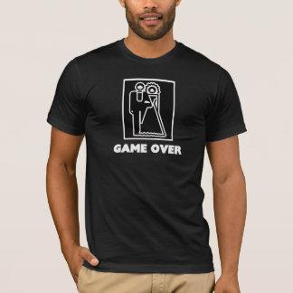 Spiel über T-Shirt