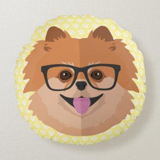 Spitz-Hund im niedlichen Hipster-Geschenk der Rundes Kissen