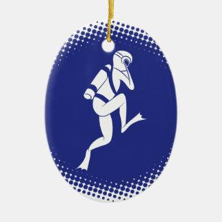 Sporttaucher-Halbtonkreis Ovales Keramik Ornament