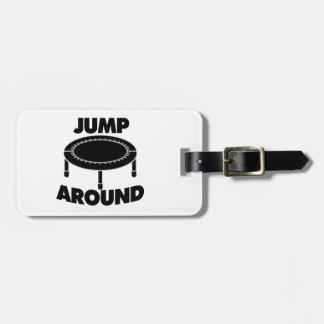 Springen Sie um Trampoline Kofferanhänger