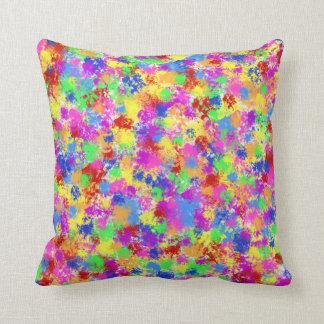Spritzer-Farben-Regenbogen des hellen Kissen