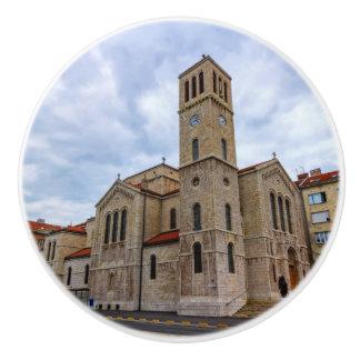 St Joseph Kirche in Sarajevo. Bosnien und Herz Keramikknauf