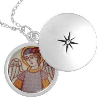 St Michael Medaillon