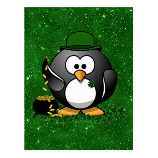 St Patrick Tagesglücklicher Pinguin mit Goldschatz Postkarte