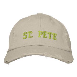 ST. PETER BESTICKTE KAPPE