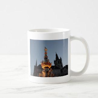 St Peter Brunnen im Trier Kaffeetasse