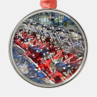 Stadt-Fahrräder in Barcelona Silbernes Ornament
