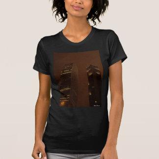 Stadt-Nachtleben T-Shirt