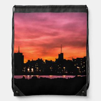 Stadtbild-Sonnenuntergang-Szene, Montevideo, Turnbeutel