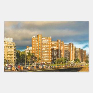 Städtische Küstenszene, Montevideo, Uruguay Rechteckiger Aufkleber
