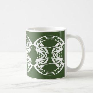 Stammes mug 15 whit Green zu over Kaffeetasse