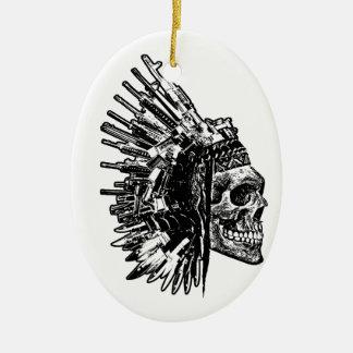 Stammes- Schädel, Gewehre und Messer-Verzierung Ovales Keramik Ornament