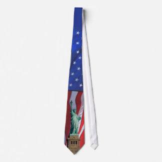 Statue de cravate de célébration de Jour de la
