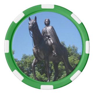 Statue d'Elizabeth II dans des jetons de poker de