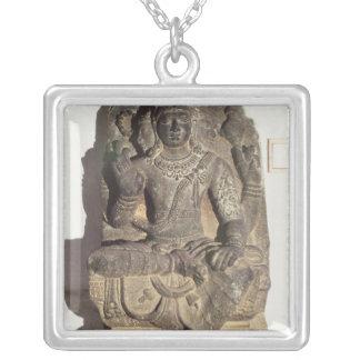 Statue des hindischen Gottes Brahma Versilberte Kette