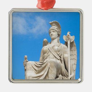 Statue einer Königin Silbernes Ornament