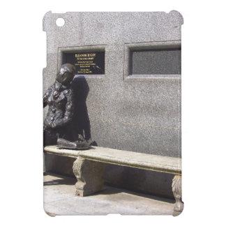 Statue Eleonors Rigby, Liverpool Großbritannien iPad Mini Hülle