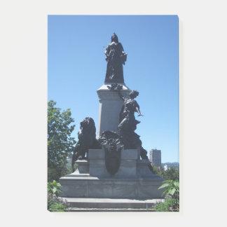 Statue in den Montreal-Stadt-Post-Itanmerkungen Post-it Klebezettel