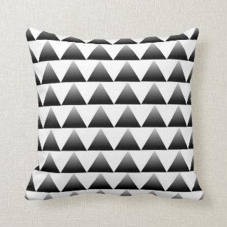 Steigungs-Dreieck-Muster Kissen