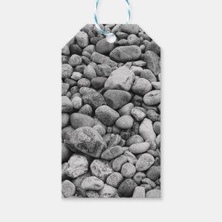 Steine an der Ostsee grau Geschenkanhänger