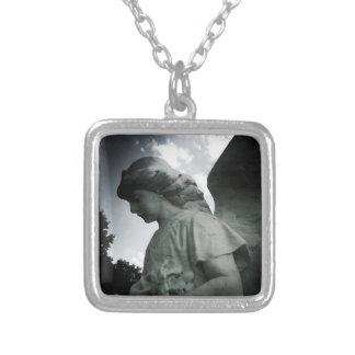 Steinengels-Halskette Versilberte Kette