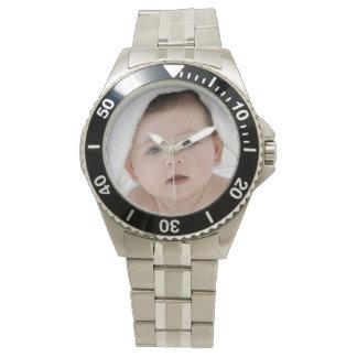 Stellen Sie Ihre eigene kundenspezifische Armbanduhr