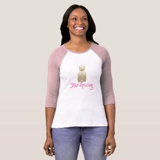 Stern, der Häschen-Rosa anstarrt T-Shirt
