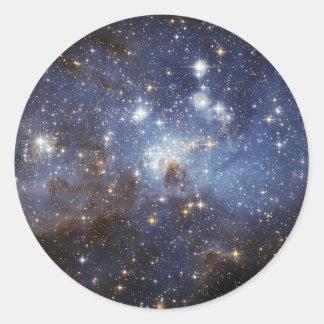 Stern LH 95, der die Region NASA bildet Runder Aufkleber
