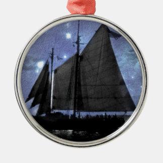 sternenklare NachtozeanseeSegelschiff-Segelboot Silbernes Ornament