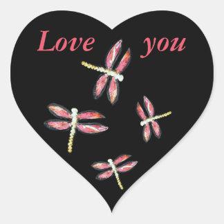 Sticker Cœur Illustration rose de danse de libellule