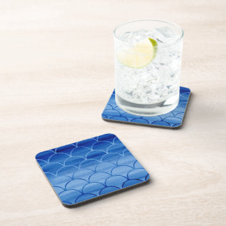 Stilvolles blaues Aquarell-Skala-Muster Getränkeuntersetzer