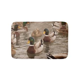 Stockenten-Enten auf Teich-Bad-Duschen-Matte Badematte