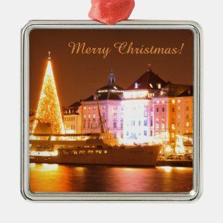 Stockholm, Schweden am Weihnachten nachts Quadratisches Silberfarbenes Ornament