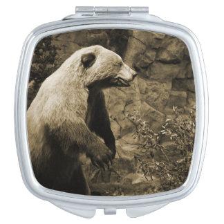 Stolzer Bär Taschenspiegel