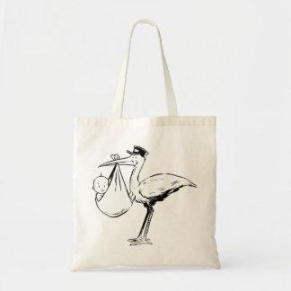 Storch, der eine Baby-Taschen-Tasche hält Tragetasche