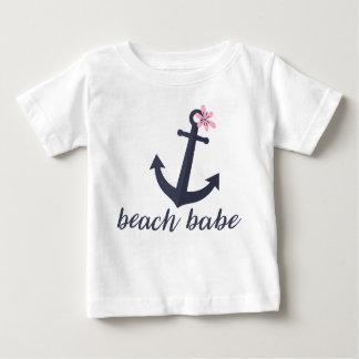 Strand-Baby - das Shirt des Baby-Mädchens. Anker.
