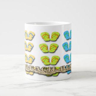 Strand-Gammler drehen Jumbo-Mug