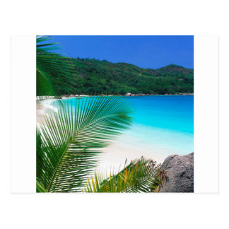 Strand-tropischer Rückzug Seychellen Postkarte