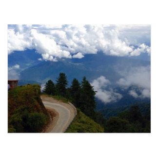 Straße in Bhutan Postkarte