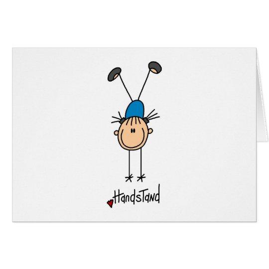 Strichmännchen-Mädchen, das Mitteilungskarte
