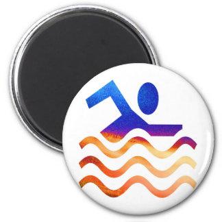 Succès de natation - esprit frais en périodes chau aimant