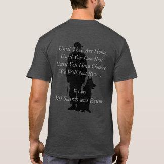 Suche K9 und Rettung T-Shirt