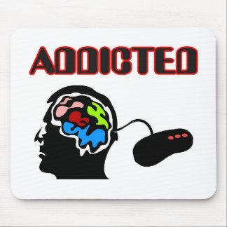 Süchtig-Gamer-Gehirn schließen an Mauspads